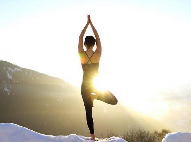 yoga_arbre