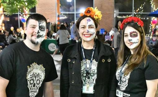 """""""Dead Keys"""" image on Dia de los Muertos Volunteer T-Shirts"""