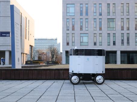 배달음식 싣고 스스로 운반…송도에 자율주행 배송 로봇