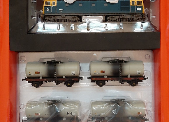 Heljan Class 33 33010 BR Blue with 4 1980's fuel tank wagons