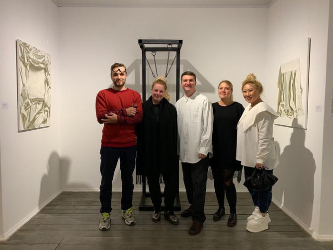 """Точка бифуркации"" в Omelchenko gallery"