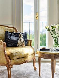 88._le-meurice-executive-room-balcony