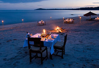 Dining on the shores of Lake Malawi
