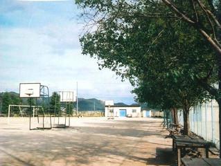 232.岡山の中学校運動場