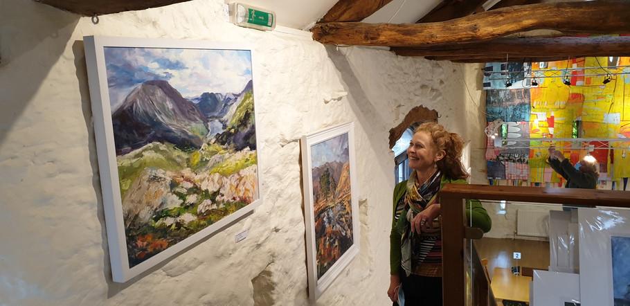 upfront-gallery-philippa-headley-exhibit