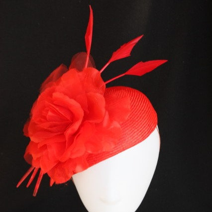 Red Kitty Teardrop Hat with Rose and Arrows