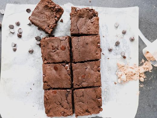 5-Ingredient Flourless Protein Brownies