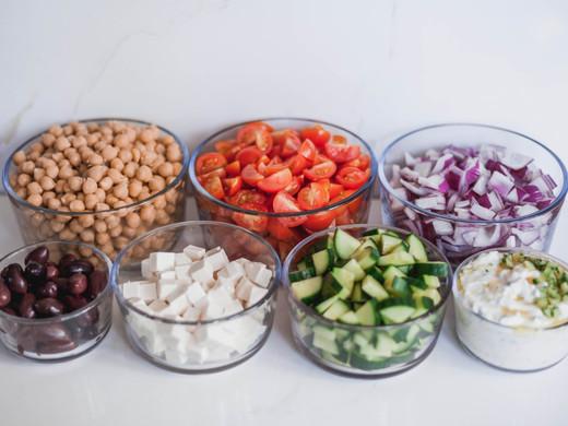 Vegetarian Greek Salad Lunch Prep