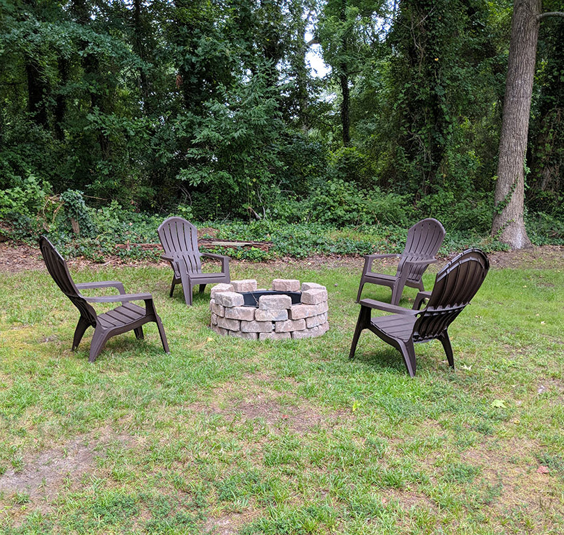 Firepit with chairs.jpg