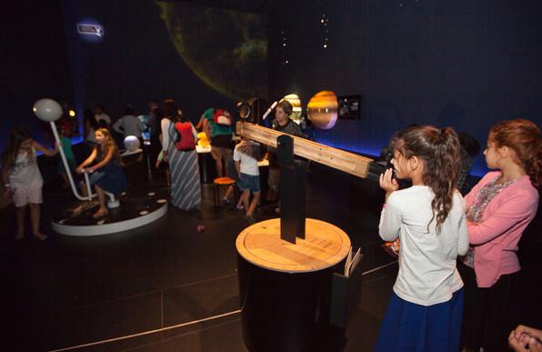 Astronomy-W-03.jpg