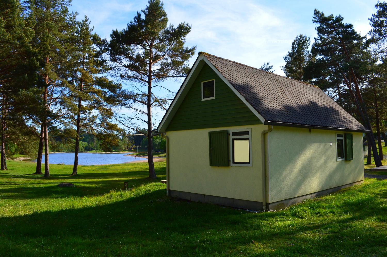 Cottage-Camping-du-lac-de-feyt