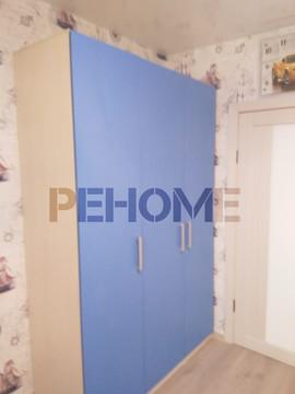 Шкаф с распашными дверями