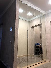 Шкаф гармошка с зеркалом под заказ Екатеринбург