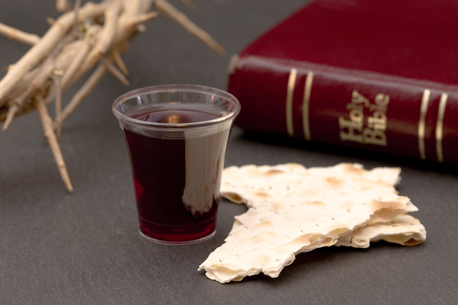 Communion-AdobeStock_184705265.jpg