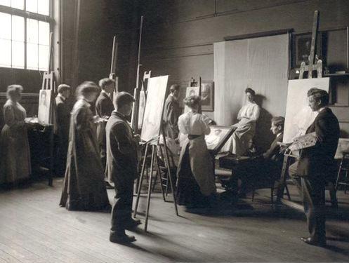 THE ART OF STUDYING ART
