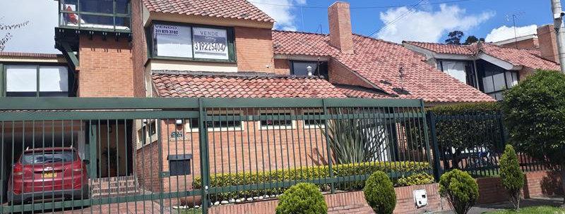 Casa en Belmira | 5 Alcobas 5 Baños & Estudio