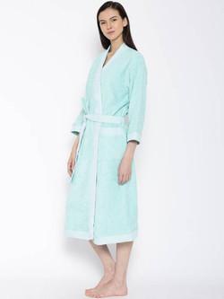 bath robe hygro.jpg