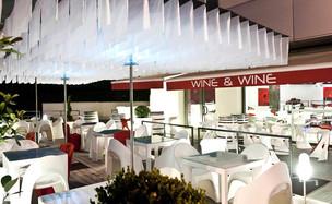 slide-contract-ristoranti-2010-wine-and-wine-modena-amelie-gino-1.JPG