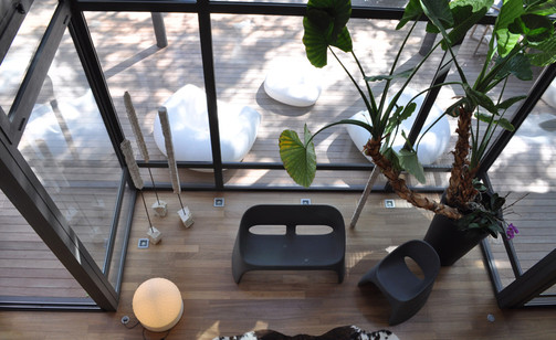 slide-indoor-outdoor-location-nizza-blos-slide-indoor-outdoor-location-nizza-molly-amelie-duetto