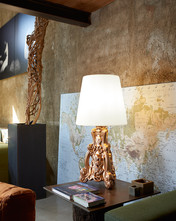 table-lamp-lady-of-love