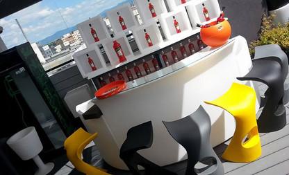 slide-galleria-contract-ristorante-bar-9grill-brasov-romania-koncord-karim-rashid-breakbar-icebar-open-cube-light-drink.jpg
