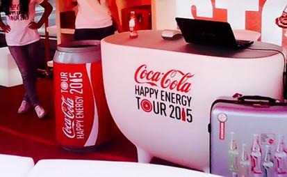 Branding de mobilier de la Gamme Slide. Coca Cola
