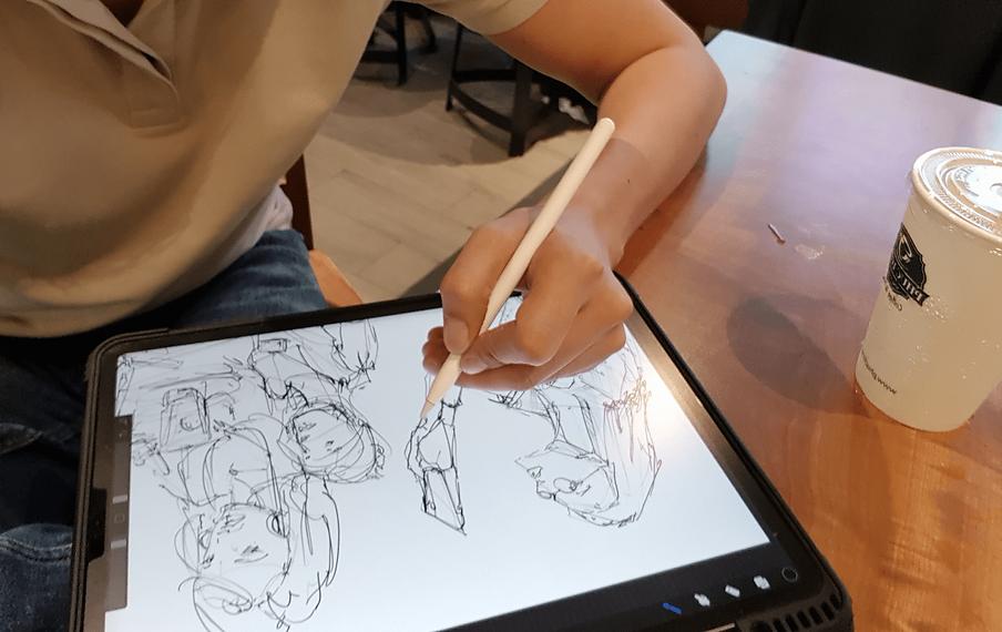sketching-at-Phuc-Long-cafe-in-Vietnam-l