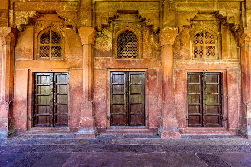 The three doors in Agra Fort
