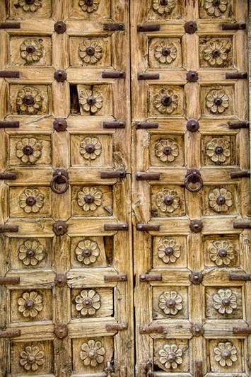 A door in Jaisalmer fort