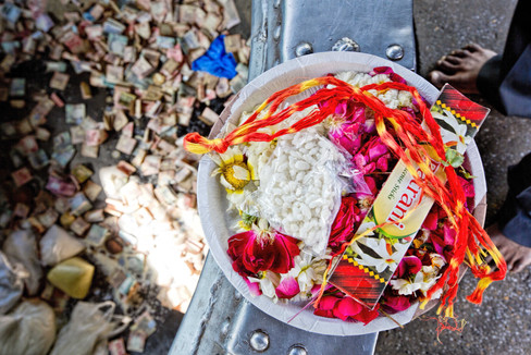 offering made at the dargah