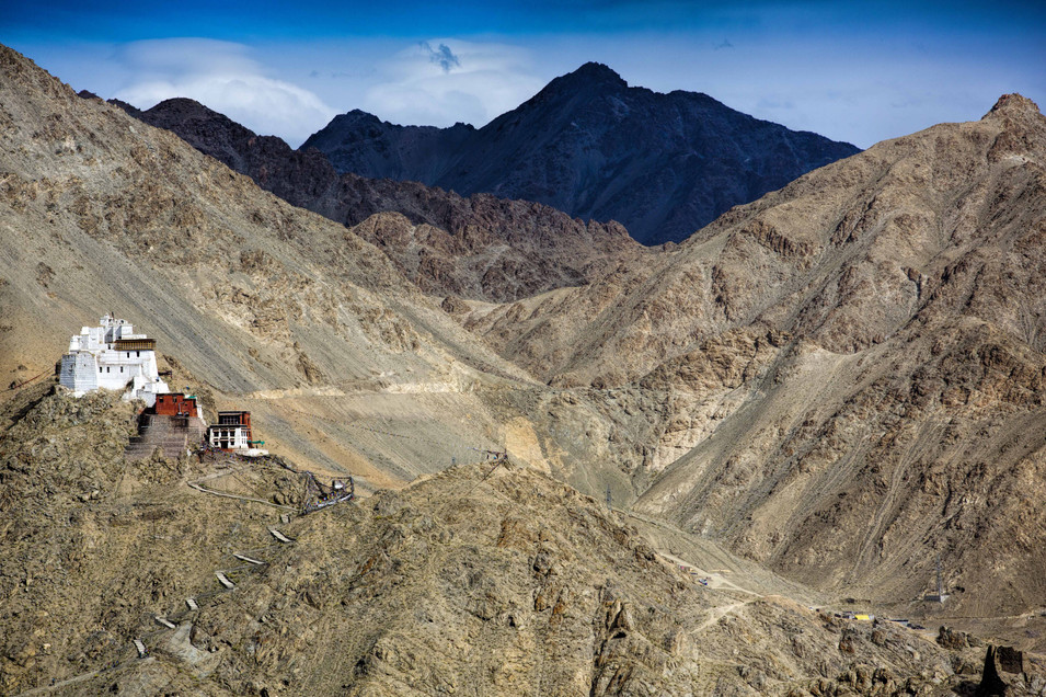 Vista Tingmosgang Monastery