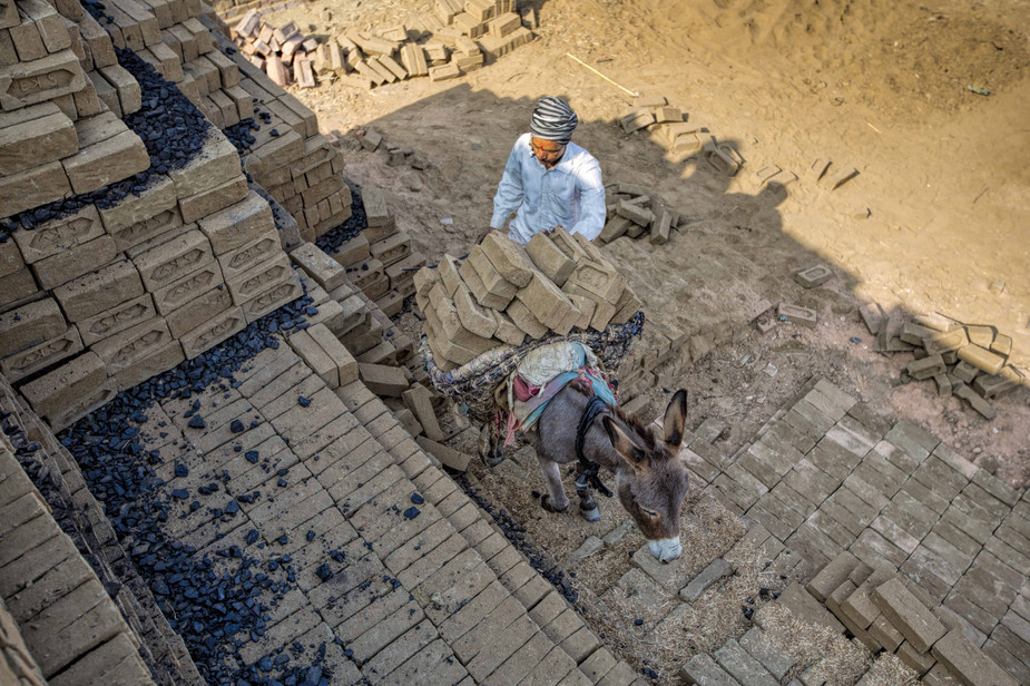 Brick kiln workers