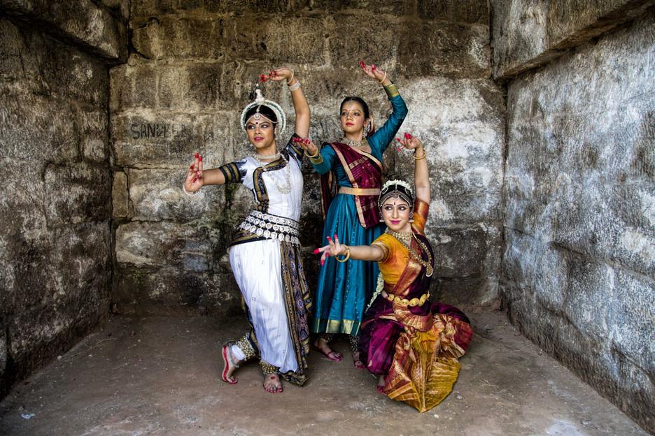 Bharatnatyam Dancers