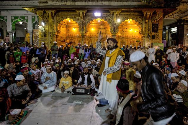 Qawwali at the dargah