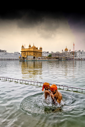 Golden temple sarovar snan