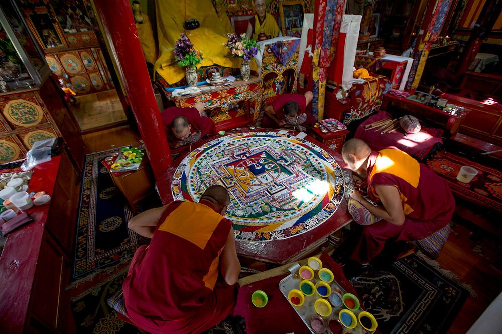 Sand-Mandalas-buddhism