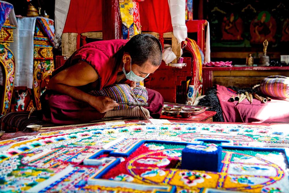 the-making-of-sand-mandalas