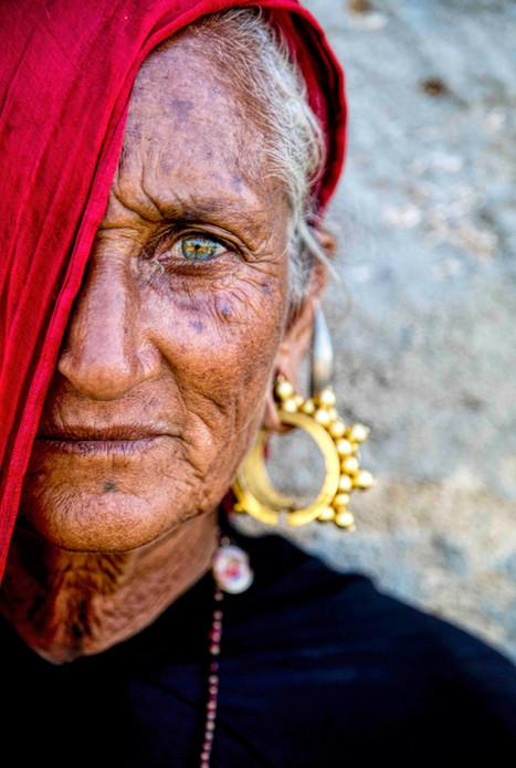 RAbari woman jewelry