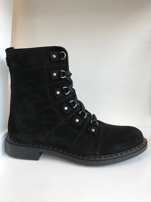Richter Eyelet Detail Boot (black suede)