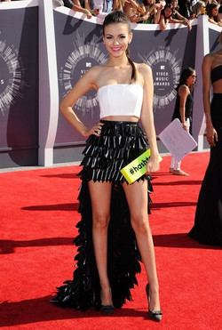 Victoria+Justice+Arrivals+MTV+Video+Music+LNxEDLOQeYll