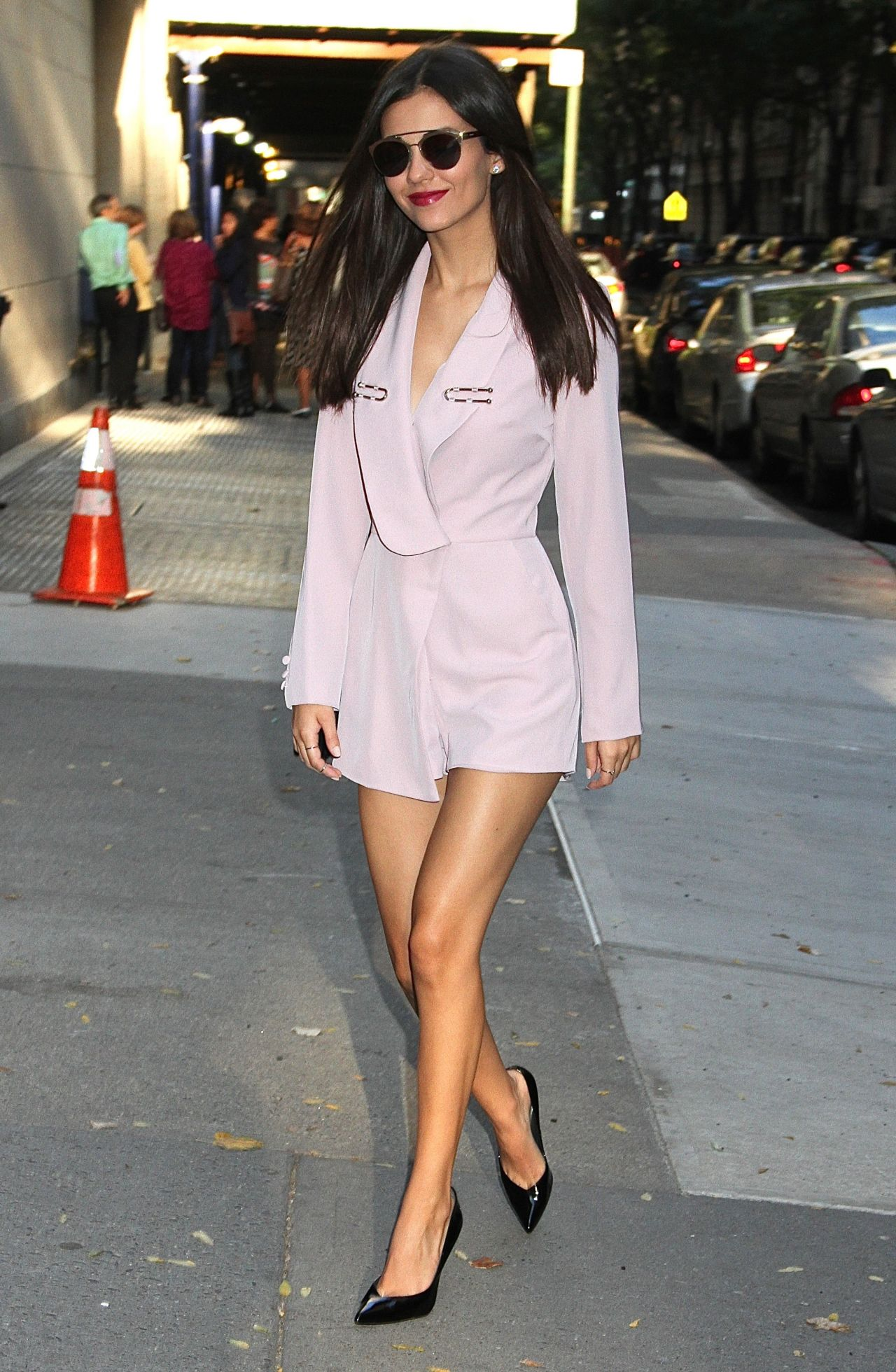 victoria-justice-arriving-at-the-chew-in-nyc-10-19-2016-4