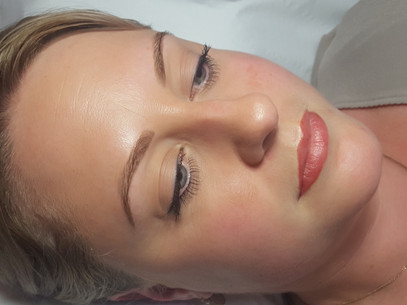 Ombre Powder Brow, Shaded Eyeliner & Blush Lips