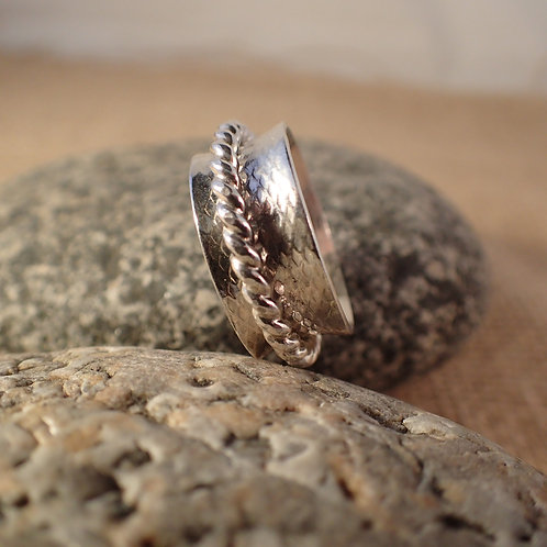 Sterling Silver Spinner Ring with Patterned Band