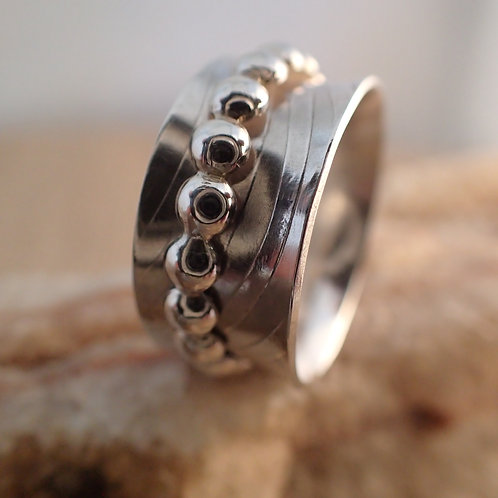 Sterling Silver Spinner Ring with Dot Spinner