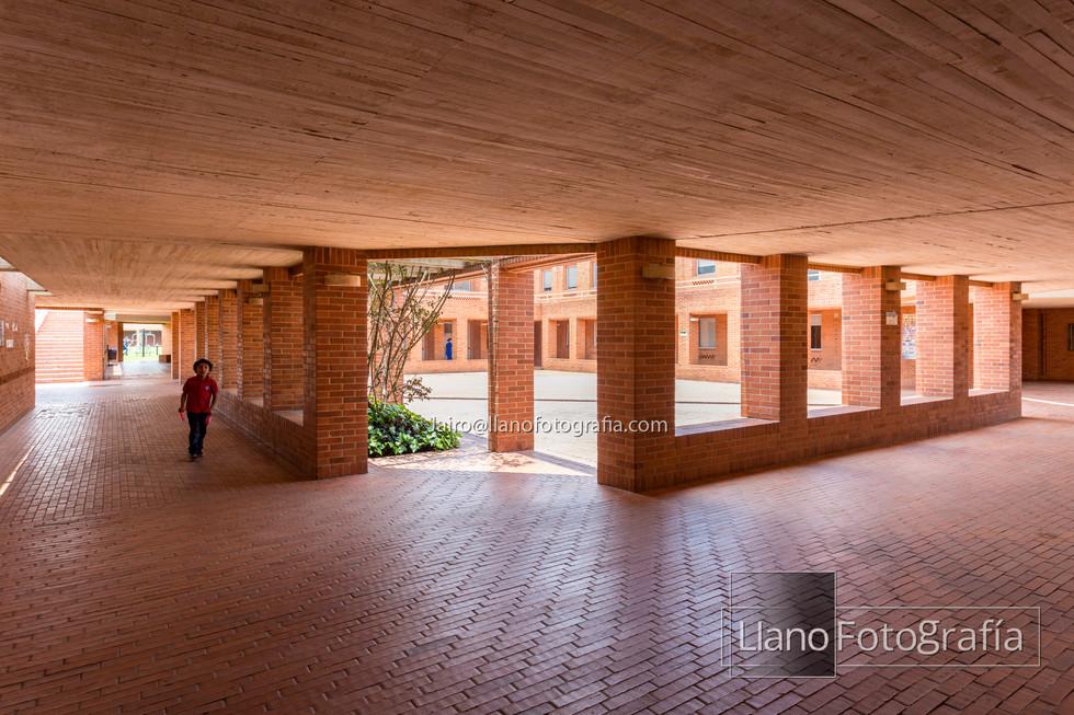 13Gimnasio Fontana - LlanoFotografia 4818