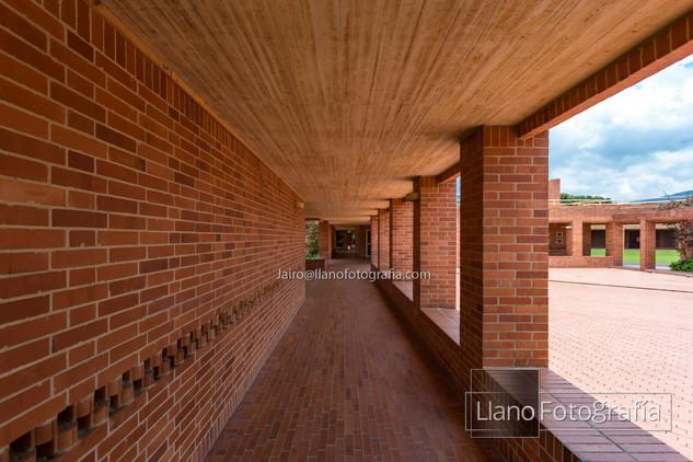 33Gimnasio Fontana - LlanoFotografia 4861