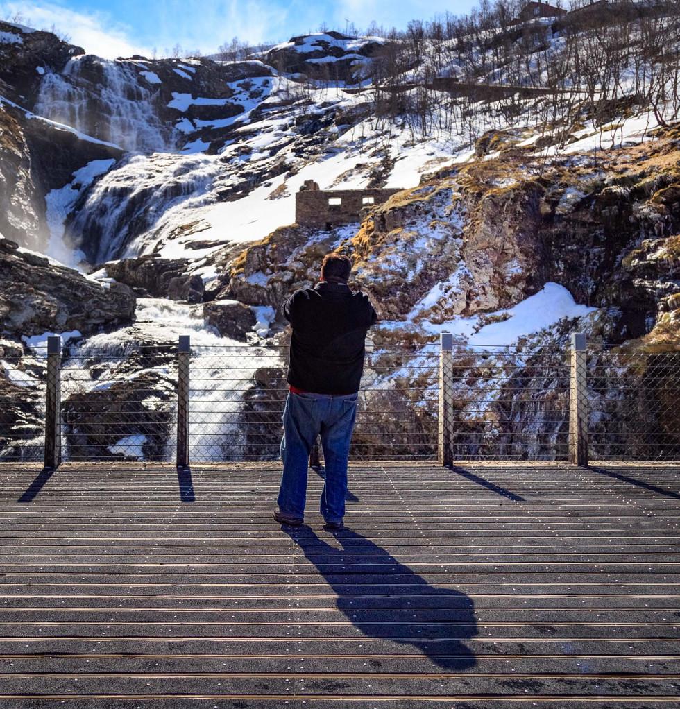 Social distance - Bergen norway-4685.jpg