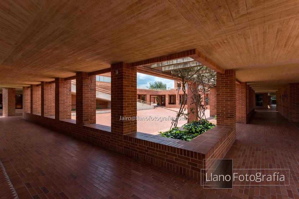 32Gimnasio Fontana - LlanoFotografia 4863