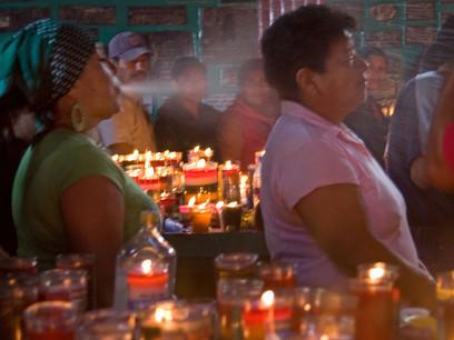 פולחן עישון הסיגרים לקדוש משימון, גואטמלה