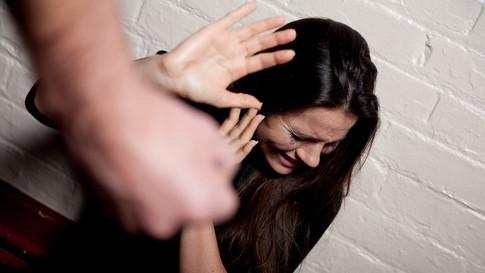 מאבק באלימות נגד נשים